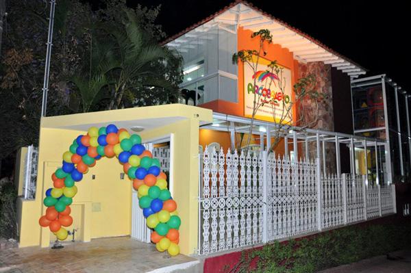 30ee5481ec284 Buffet Arcobaleno