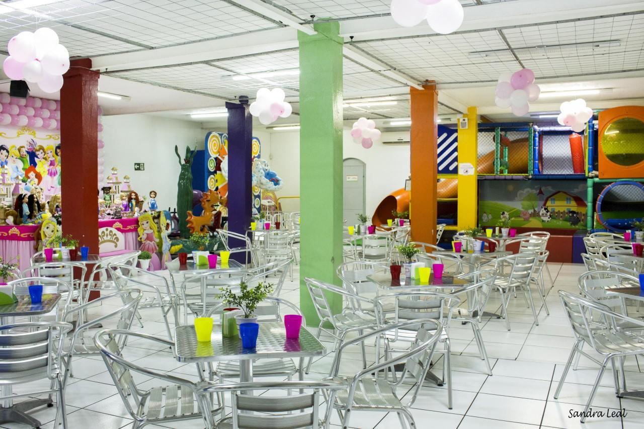 Awesome Buffet Infantil Em Campinas Portal E Pique Download Free Architecture Designs Terchretrmadebymaigaardcom